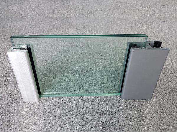 NF-35G Glass Wall Flood Barrier 07